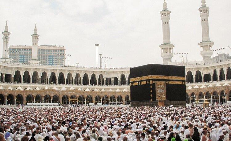 Kementerian Haji dan Umrah Arab Saudi menyatakan bahwa Arab Saudi siap menjadi tuan rumah jamaah umrah sesuai dengan kuota yang ditetapkan sebelum merebaknya virus Corona